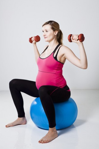8 Important Reasons To Exercise During Pregnancy